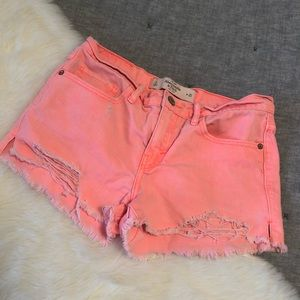 Abercrombie & Fitch cut-off distressed shorts 0/25